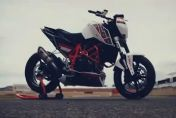 KTM 690 Duke――欧洲青年杯摩托车赛