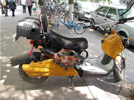 """北京牛街遇见的""""牛车"""""""
