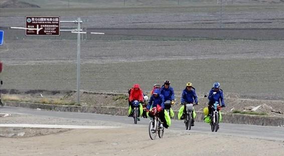 [穿越中国28]穿越可可西里与藏羚羊为伴