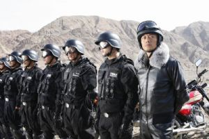 独狼3JH150-6A(418K)张涵予为嘉陵代言(3张)