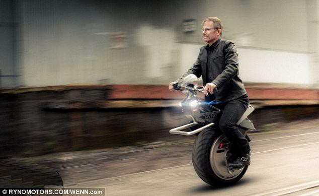 RYNOMotors推RYNO电动独轮摩托车,最快时速25英里