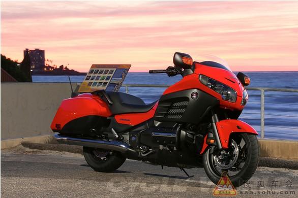 美国评选出今夏最值得拥有的10款摩托车