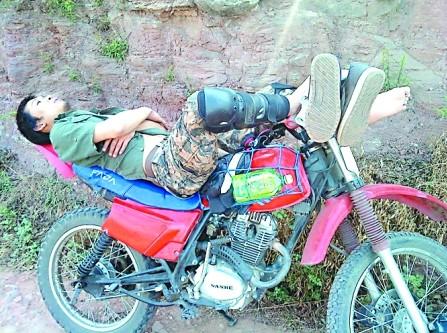 摩托车多面手