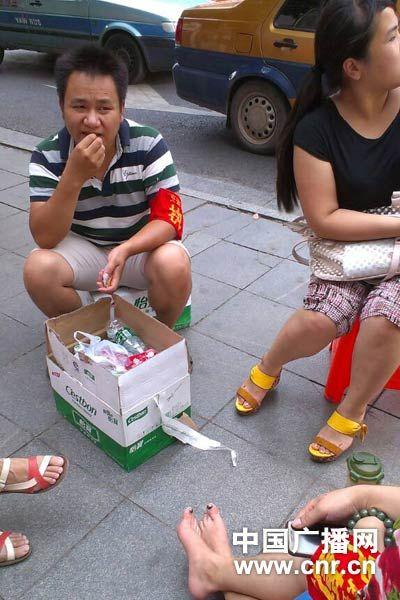 湖南邵阳限摩限电千人执勤被疑浪费行政资源
