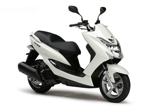 Yamaha向本土市�霭l布XC155MajestyS