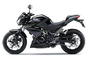 川崎 Kawasaki 2013 Z250/Z300(在华销售)