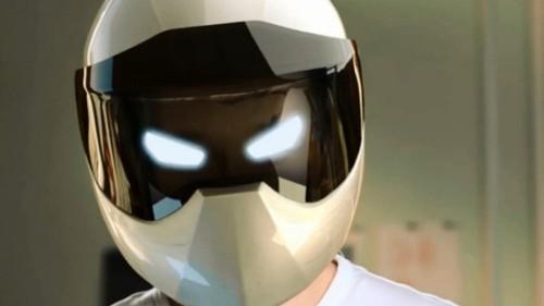 LiveMap智能头盔与谷歌眼镜有得一拼