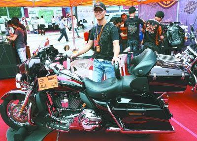 一辆摩托车售价58.8万贵过奔驰宝马