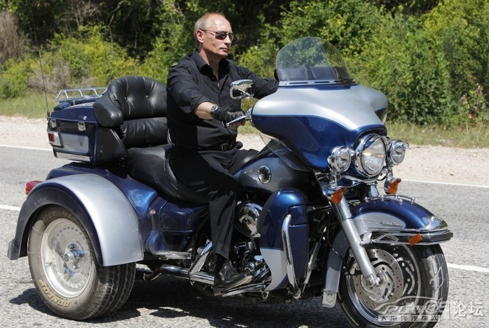哈雷戴维森摩托车镀晶施工作业分享