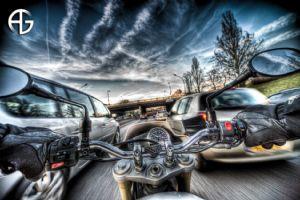 风驰电掣的摩托运动摄影
