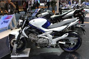 豪爵SFV650 Gladius ABS新车