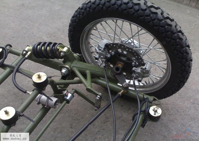 新款军警两用摩托车 嘉陵jh600b