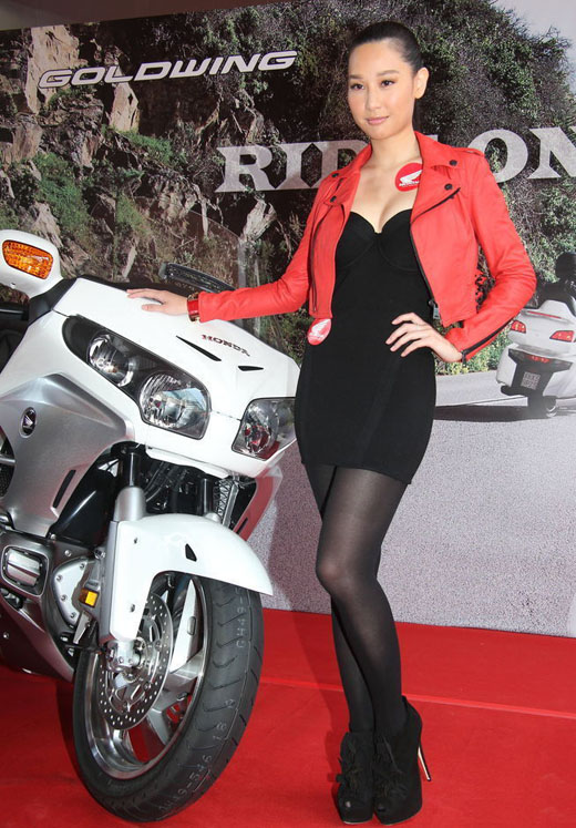 徐子珊性感低胸出席Honda品牌活动