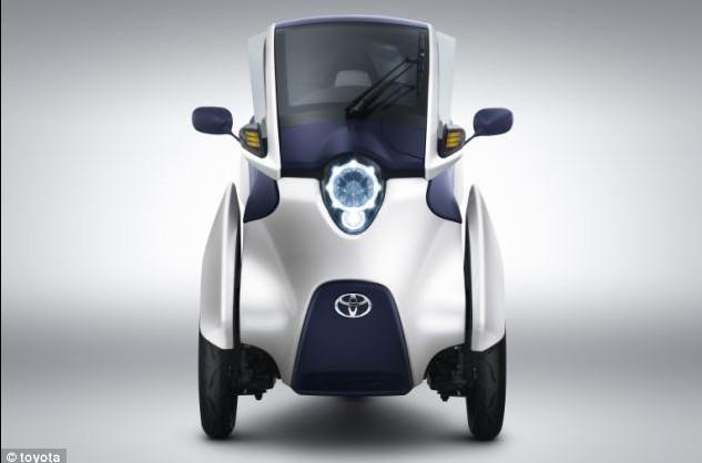 丰田研制智能三轮电动车:可像摩托一样转弯