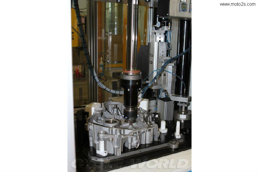 ducati 1199 panigale发动机装配线大揭秘 高清图片