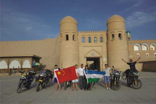 从上海到葡萄牙用摩托车轮丈量亚欧大陆(一)