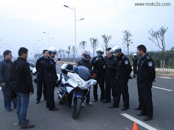 春风650TR警车在云南安全驾驶培训圆满成功