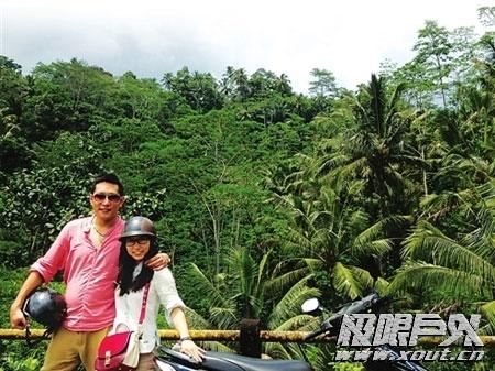 私人定制的旅行80后情侣骑澳门永利娱乐场的网站穷游巴厘岛