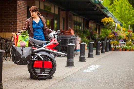 不再惧怕堵车RYNO超前卫电动独轮摩托