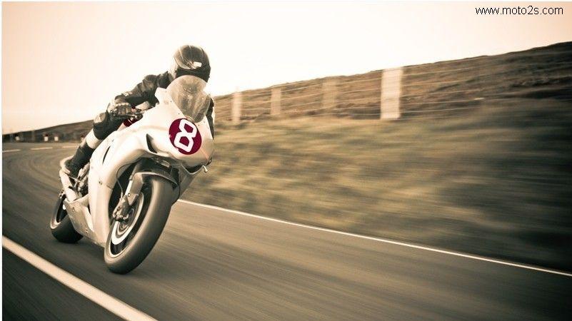 带你走进世界上最危险的曼岛TT摩托车大赛