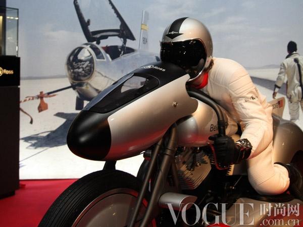 航空概念摩托�:TheB-Rocket