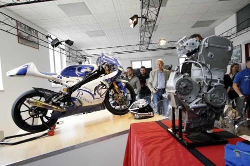光阳摩托开发新车参加意大利锦标赛