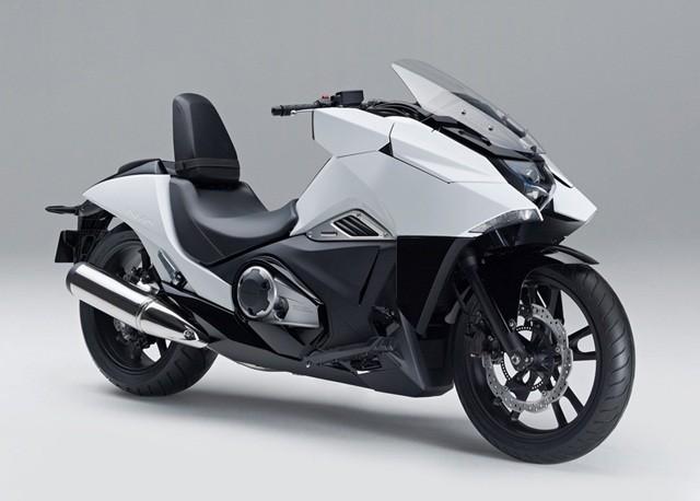 本田4月发售大型摩托NM4-01定价6.1万元