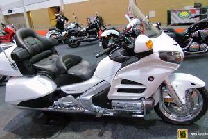 2014本田金翼GL1800AL摩托车