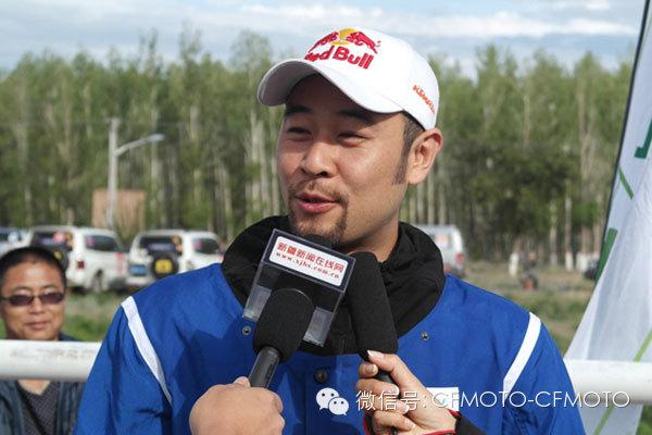 2014环塔第二赛段KTMR2R星之队车手赵宏毅反超