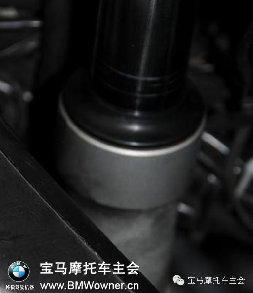 摩托车前减震漏油教你如?#20301;?#27833;封