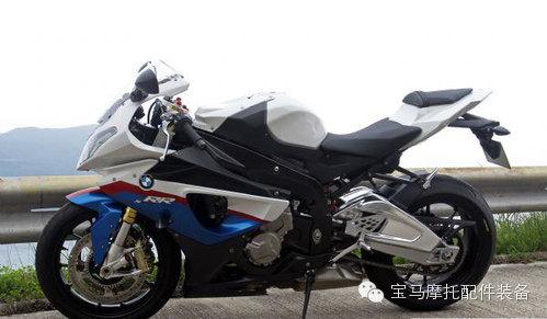 回想当年宝马首台直四S1000RR摩托