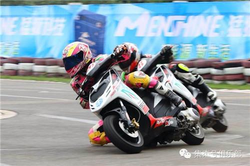 比亚乔出击CRRC公路摩托车锦标赛第二场