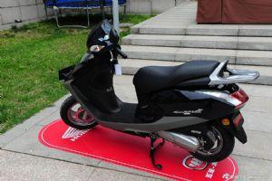 五羊-本田摩托车 睿御110wh110t-6踏板摩托车 全新原装图片