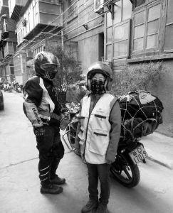 老两口骑摩托从西安逛内蒙赤峰全程1700公里