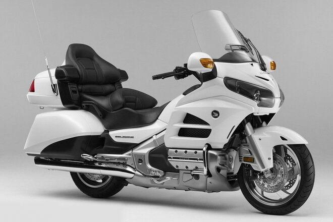 澳门美高梅真人娱乐平台 Honda金翼GL1800
