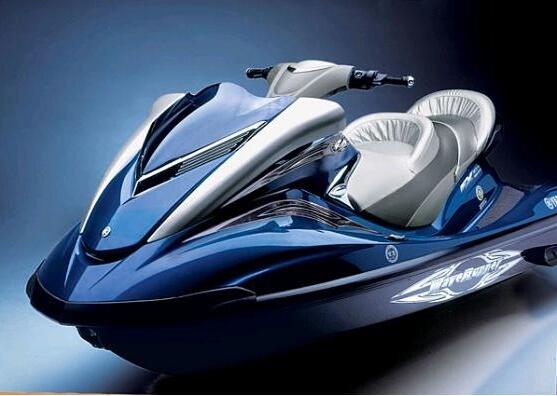 奔跑在水上!雅马哈水上摩托车