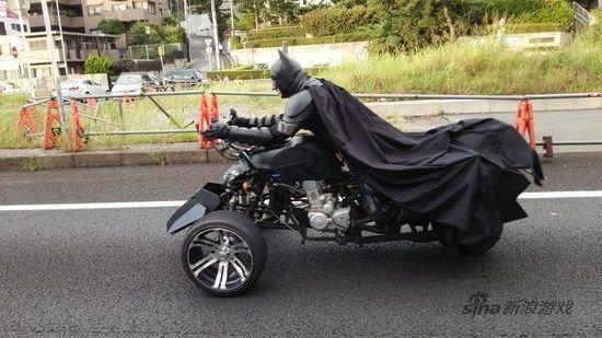 日本高速路惊现霸气蝙蝠侠竟是普通上班族