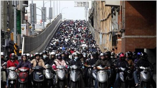 台湾为什么有那么多摩托车?