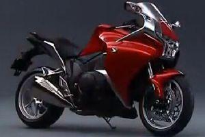 2014新款本田VFR1200F摩托车官方视频