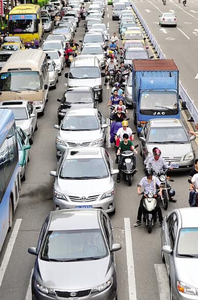 每天百公里骑行,在路上看中国司机的素质!