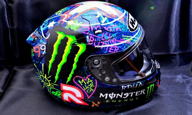 限量版涂鸦头盔:R-PHA10Plus