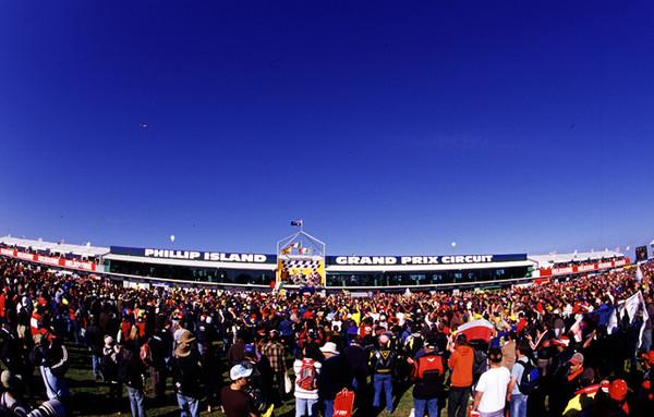 菲利普岛大奖赛赛道体验速度与激情
