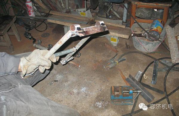 摩托车车架的焊接变形及减小变形的措施