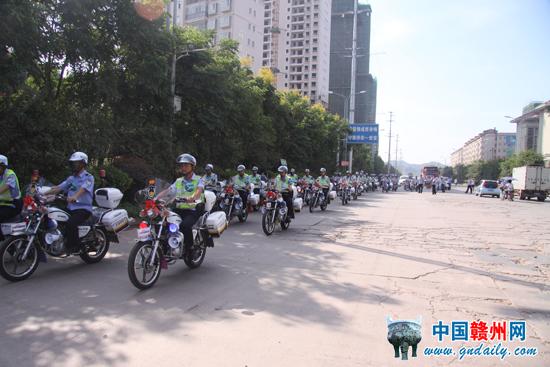 赣州南康区购置33辆警用摩托巡逻使用