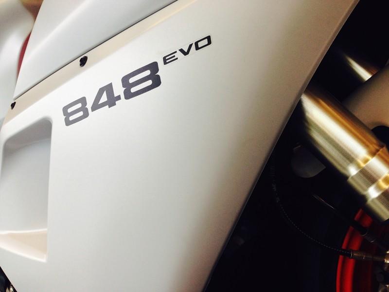 杜卡迪Superbike848EVO国内最后一辆白色车款