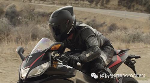 戴上SkullyAR-1骑着摩托也能刷朋友圈