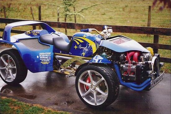 SUBARUWRX改装成四轮摩托车