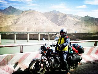 我的新本锐猛小太子骑行在中国最美的国道上