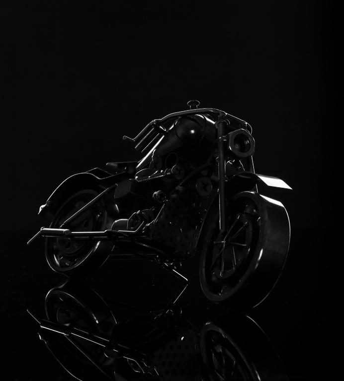 """金属摩托车镜头勾勒""""视觉之美"""""""