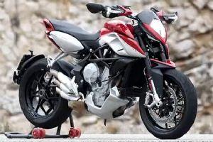 美得让人尖叫 奥古斯塔Rivale 800超级摩托车